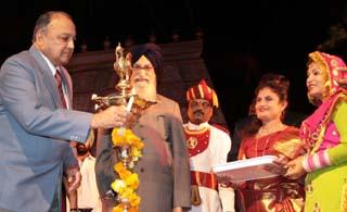Tamilnaidu Festival begins in Chandigarh. Photo By Ankur Vadehra