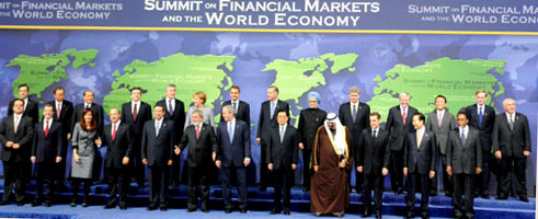 The Prime Minister, Dr. Manmohan Singh with the other Heads of State at the Summit on Financial Market and the World Economy, at Washington, USA