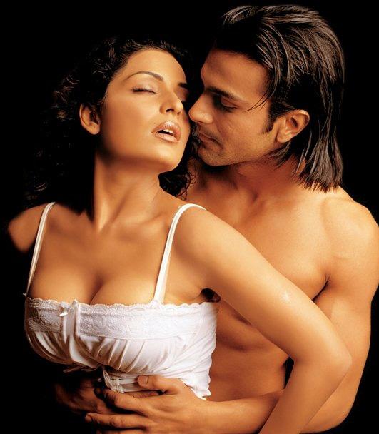 Meera with Ashmit Patel in Mahesh Bhatt's Nazar