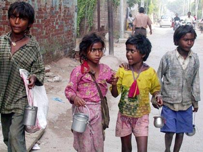 Street Children : Photo Courtsey ; www.childlabournewsindia.org
