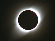This photograph shows the total solar eclipse of Oct. 24, 1995, as seen from Dundlod, India. Credit: Fred Espenak/NASA's Goddard Space Flight Center